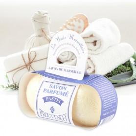 Découvrez ces savons de Marseille en forme de boule de pétanque et au parfum unique de pastis!