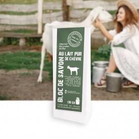 Découvrez ce savon en bloc au lait de chèvre ultra frais et riche grâce a 5 % de lait frais incorporé