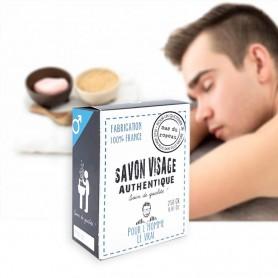 Il s'utilise comme un savon classique et à la particularité d'être efficace pour tonifier la peau des hommes dés le matin